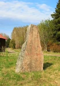 Uppland Runestone #804