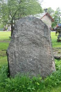 Uppland Runestone #836