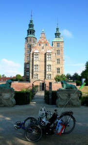 Loke & the Sprint at Rosenborg Castle