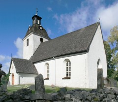 Husby-Sjutolft Church
