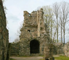 Interior of the ruin back to entrance