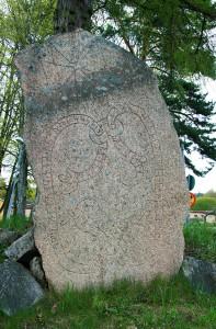 Uppland Runestone #276
