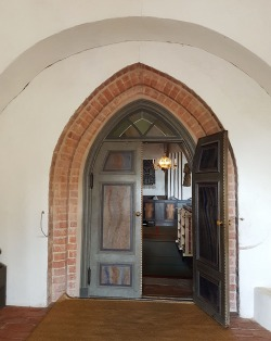 Loved the brick arch between the porch and Jumkil church proper.